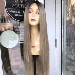 Accessories - Ash Blonde Wig  Lacefront Human hair Blende